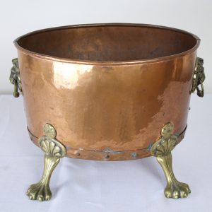 Antique English Copper Log Bin with Brass Claw Feet and Lion's Heads