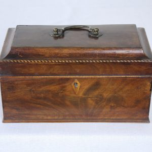 Georgian Mahogany Tea Caddy with Satinwood and Ebony Inlaid Stringing